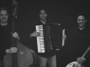 Lonepair Trio
